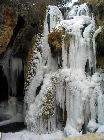 Cascada de calomarde helada_9